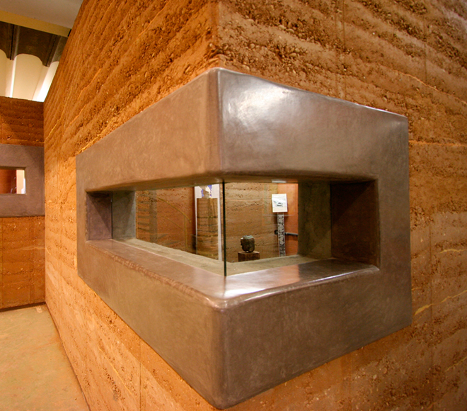 rammed earth with tadelakt